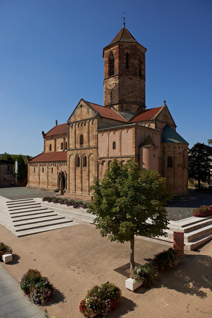 eglise romane saint pierre et paul